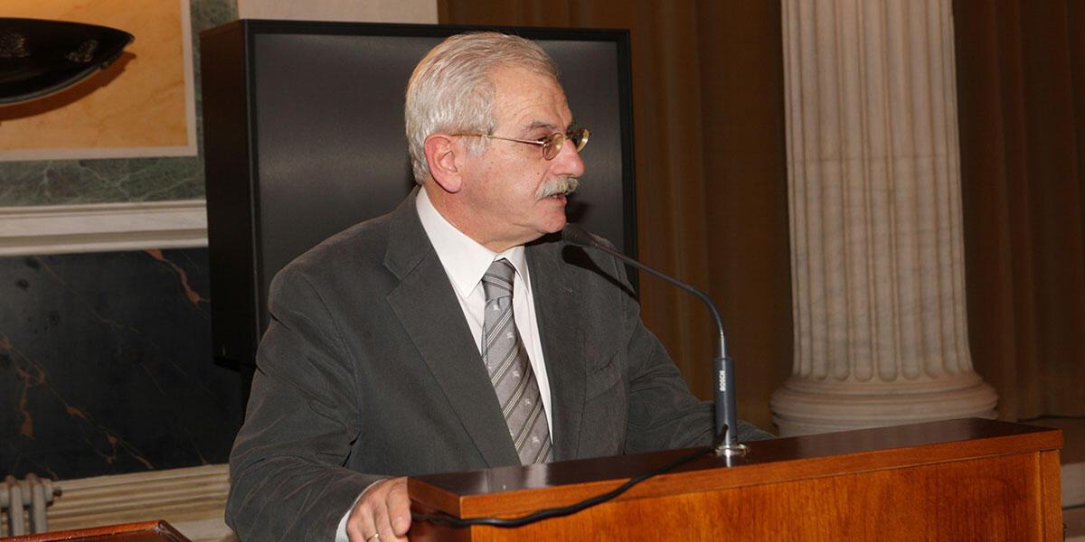 Νικόλαος Εμμ. Παπαδάκης: συνέντευξη στον Ελπιδοφόρο Ιντζέμπελη