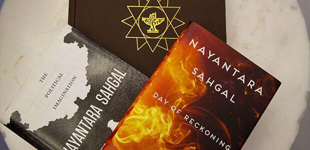 Επιστρέφουν τα βραβεία τους πολλοί άνθρωποι των Γραμμάτων στην Ινδία