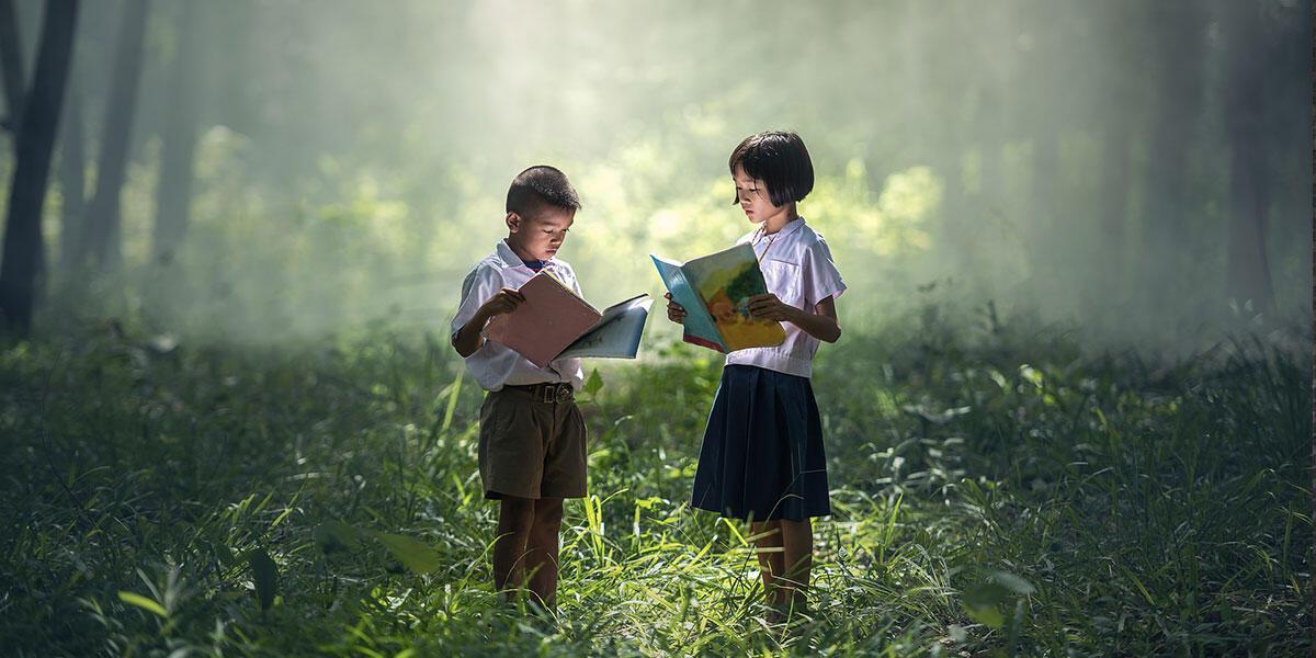 «Από τη λογοτεχνία για παιδιά στο βιβλίο για παιδιά» του Μάνου Κοντολέων