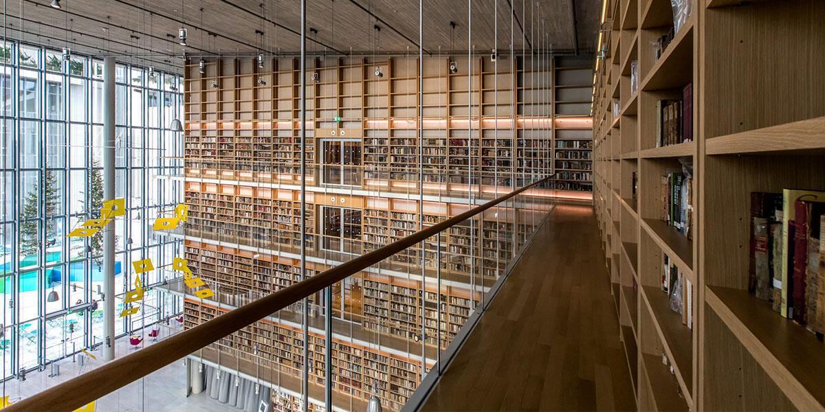 Ξεκίνησε και συνεχίζεται η μεταφορά των συλλογών της Εθνικής Βιβλιοθήκης της Ελλάδος