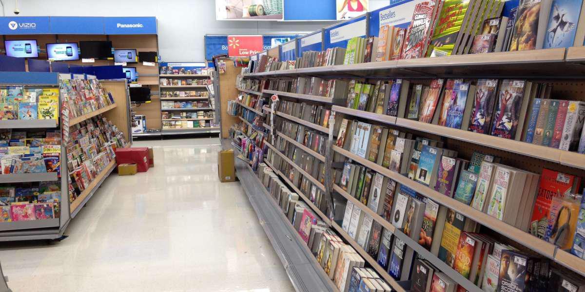 Μαζί με είδη πρώτης ανάγκης, οι Αμερικανοί ψώνισαν και βιβλία από τα σούπερ μάρκετ